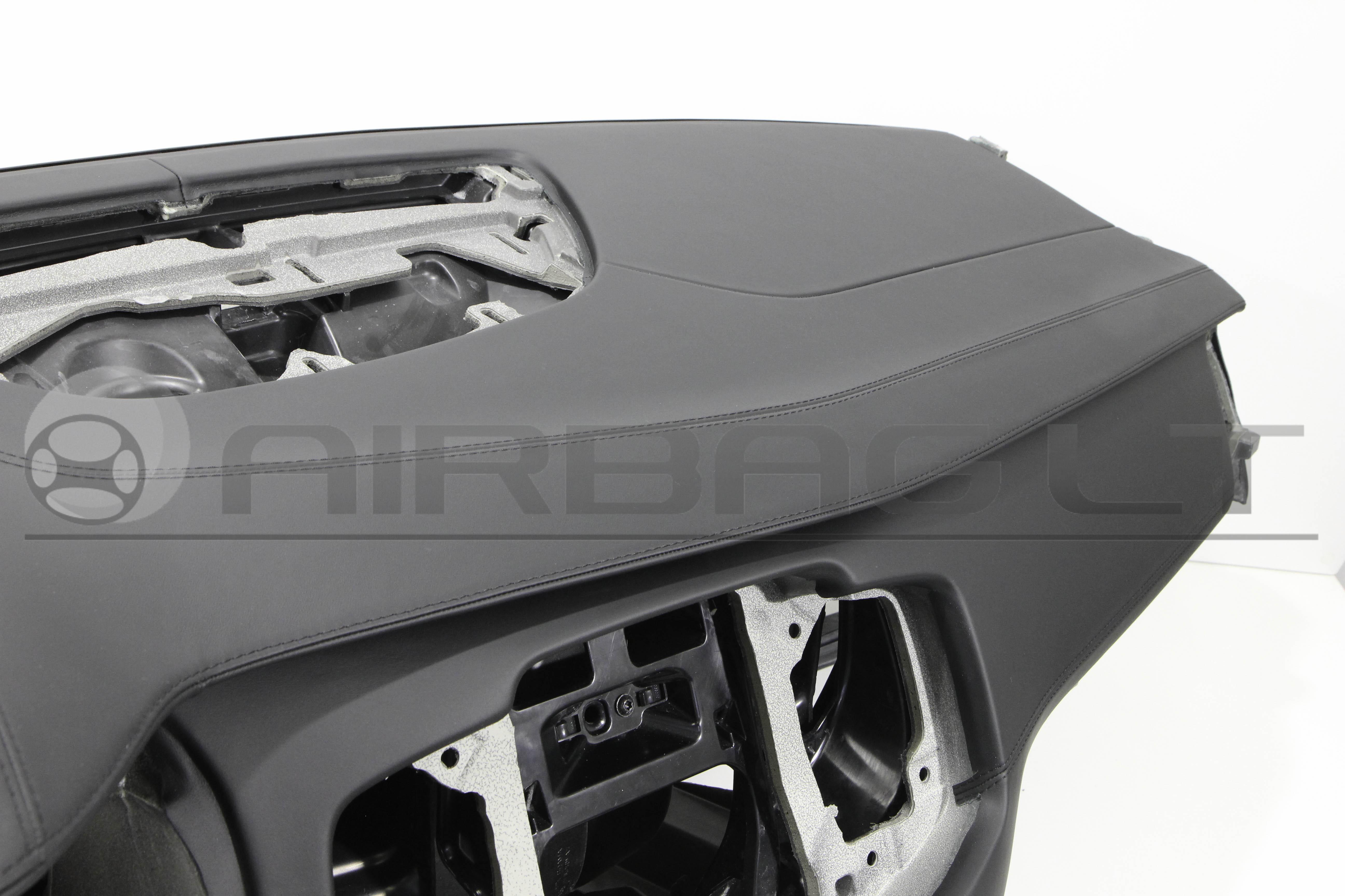 Volvo XC90, panelė 2015